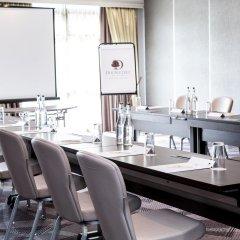 DoubleTree by Hilton London - Ealing Hotel фото 2