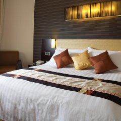 Отель Royal At Queens Сингапур комната для гостей