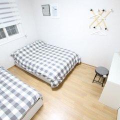 Отель Houseinhongdae6 комната для гостей фото 5