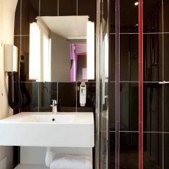 Отель Ibis Styles Pigalle Montmartre Париж ванная