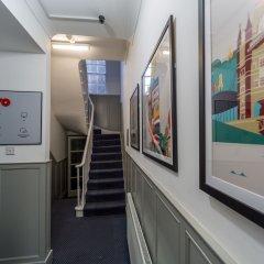 OYO Kings Hotel Лондон интерьер отеля