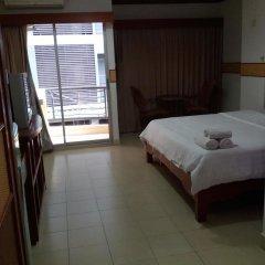 Отель Rattakit Mansion Паттайя комната для гостей