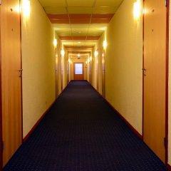 Отель Airport Hotel Abc Латвия, Рига - 13 отзывов об отеле, цены и фото номеров - забронировать отель Airport Hotel Abc онлайн интерьер отеля фото 2