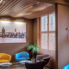 Hotel Kampa Garden интерьер отеля