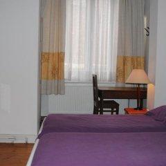 Отель B&B Brussels Bed and Toast Бельгия, Брюссель - отзывы, цены и фото номеров - забронировать отель B&B Brussels Bed and Toast онлайн комната для гостей фото 5