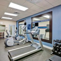 Отель Hampton Inn Suites Sarasota/Bradenton Airport фитнесс-зал фото 3