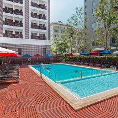 Отель ibis Pattaya Таиланд, Паттайя - 2 отзыва об отеле, цены и фото номеров - забронировать отель ibis Pattaya онлайн бассейн фото 2