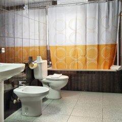 Отель Hostal Bonavista Испания, Бланес - 1 отзыв об отеле, цены и фото номеров - забронировать отель Hostal Bonavista онлайн ванная фото 2