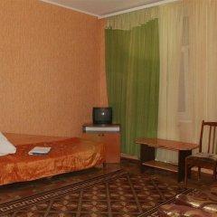 Ekos Osvity St. Hotel сейф в номере