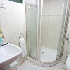 Отель Mookai Service Flats Pvt. Ltd Мале ванная