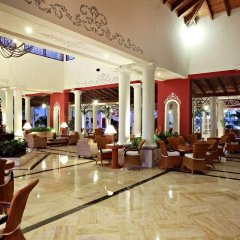 Отель Grand Bahia Principe Turquesa - All Inclusive Доминикана, Пунта Кана - 1 отзыв об отеле, цены и фото номеров - забронировать отель Grand Bahia Principe Turquesa - All Inclusive онлайн интерьер отеля