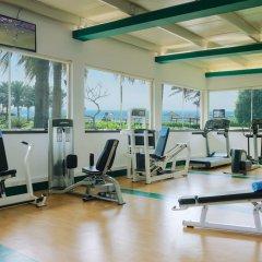 Отель Coral Beach Resort - Sharjah фитнесс-зал