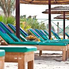 Отель Sahara Beach Resort & Spa пляж