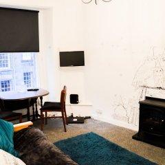 Отель Unique Home in the Heart of Edinburgh Великобритания, Эдинбург - отзывы, цены и фото номеров - забронировать отель Unique Home in the Heart of Edinburgh онлайн интерьер отеля фото 3