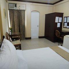 Отель OYO 223 Marquis Hotel & Restaurant Филиппины, Пампанга - отзывы, цены и фото номеров - забронировать отель OYO 223 Marquis Hotel & Restaurant онлайн комната для гостей фото 5
