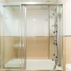 Отель MalagaSuite Beach Solarium & Pool Торремолинос ванная