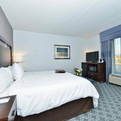 Отель Hampton Inn & Suites Columbia/Southeast-Fort Jackson удобства в номере