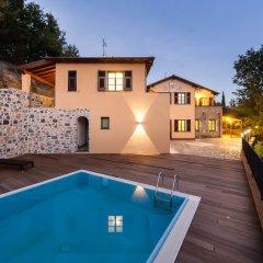 Отель Agriturismo Le Meridiane Италия, Боргомаро - отзывы, цены и фото номеров - забронировать отель Agriturismo Le Meridiane онлайн бассейн фото 2