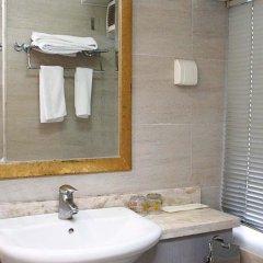 Отель Holiday Hotel Apartment Китай, Шэньчжэнь - отзывы, цены и фото номеров - забронировать отель Holiday Hotel Apartment онлайн ванная