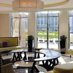 Отель Avani Deira Dubai Hotel ОАЭ, Дубай - 1 отзыв об отеле, цены и фото номеров - забронировать отель Avani Deira Dubai Hotel онлайн интерьер отеля