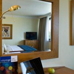 Отель InterContinental Sofia удобства в номере фото 2