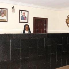 Отель Michelle Suites Нигерия, Калабар - отзывы, цены и фото номеров - забронировать отель Michelle Suites онлайн интерьер отеля