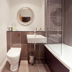 Отель Fraser Suites Glasgow Великобритания, Глазго - отзывы, цены и фото номеров - забронировать отель Fraser Suites Glasgow онлайн ванная фото 2