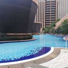 Отель Luxury Apartment at Time Square Малайзия, Куала-Лумпур - отзывы, цены и фото номеров - забронировать отель Luxury Apartment at Time Square онлайн бассейн