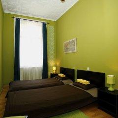 Апартаменты Chic Tarragon Apartments комната для гостей фото 2