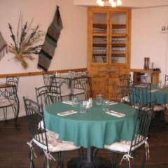 Отель Tioga Lodge at Mono Lake США, Ли Вайнинг - отзывы, цены и фото номеров - забронировать отель Tioga Lodge at Mono Lake онлайн питание