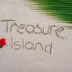 Отель Treasure Island Resort пляж