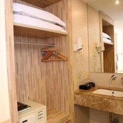Отель Guangdong Baiyun City Hotel Китай, Гуанчжоу - 12 отзывов об отеле, цены и фото номеров - забронировать отель Guangdong Baiyun City Hotel онлайн ванная