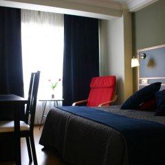 Отель Hostal Mara Испания, Ла-Корунья - отзывы, цены и фото номеров - забронировать отель Hostal Mara онлайн сейф в номере