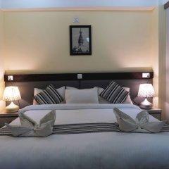 Отель The Glasshouse Hotel & Hostel Непал, Катманду - отзывы, цены и фото номеров - забронировать отель The Glasshouse Hotel & Hostel онлайн комната для гостей фото 4