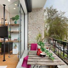 Отель London in Tel Aviv - stay at my place Тель-Авив балкон