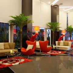 Nova Express Pattaya Hotel бассейн