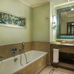 Hilton Bursa Convention Center & Spa Турция, Бурса - отзывы, цены и фото номеров - забронировать отель Hilton Bursa Convention Center & Spa онлайн ванная