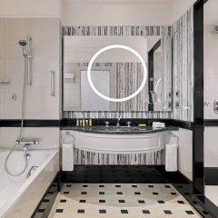 Отель Marriott Tbilisi Грузия, Тбилиси - 2 отзыва об отеле, цены и фото номеров - забронировать отель Marriott Tbilisi онлайн ванная фото 2