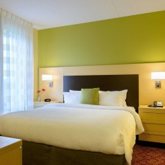 Отель TownePlace Suites by Marriott Frederick комната для гостей