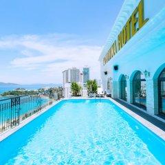Daphovina Hotel Нячанг бассейн