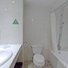 Mandarin Plaza Hotel ванная