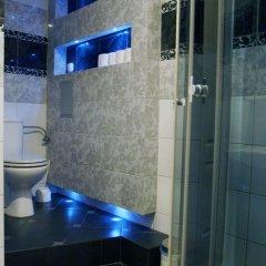 Отель Blooms Inn & Apartments Польша, Познань - отзывы, цены и фото номеров - забронировать отель Blooms Inn & Apartments онлайн ванная