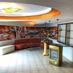 Отель Iceberg Hotel Болгария, Балчик - отзывы, цены и фото номеров - забронировать отель Iceberg Hotel онлайн гостиничный бар