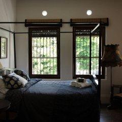 Отель The Bhuthorn Bed and Breakfast сауна