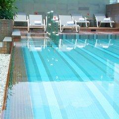 Отель Amora Neoluxe Бангкок бассейн
