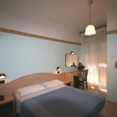 Отель SUSY Римини комната для гостей
