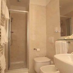 Hotel Aristeo Римини ванная