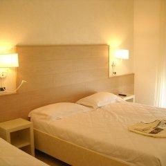 Hotel Ghirlandina Римини комната для гостей фото 3