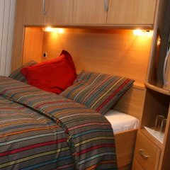 Отель Apostrophe B&B Нидерланды, Амстердам - отзывы, цены и фото номеров - забронировать отель Apostrophe B&B онлайн комната для гостей фото 4