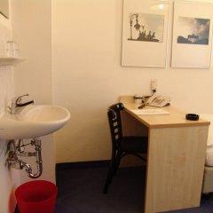 Отель Enjoy Hotel Berlin City Messe Германия, Берлин - - забронировать отель Enjoy Hotel Berlin City Messe, цены и фото номеров ванная фото 2